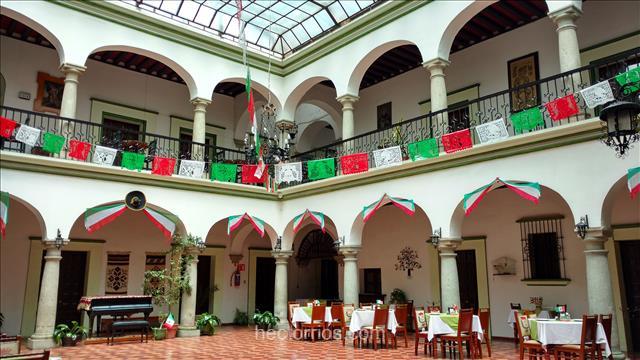 Hotel estilo colonial en el Centro de Oaxaca, México