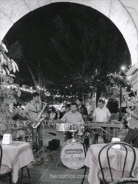 Banda de música en el Centro de Oaxaca